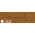 Плинтус пвх для пола LinePlast Дуб Жженый арт L021